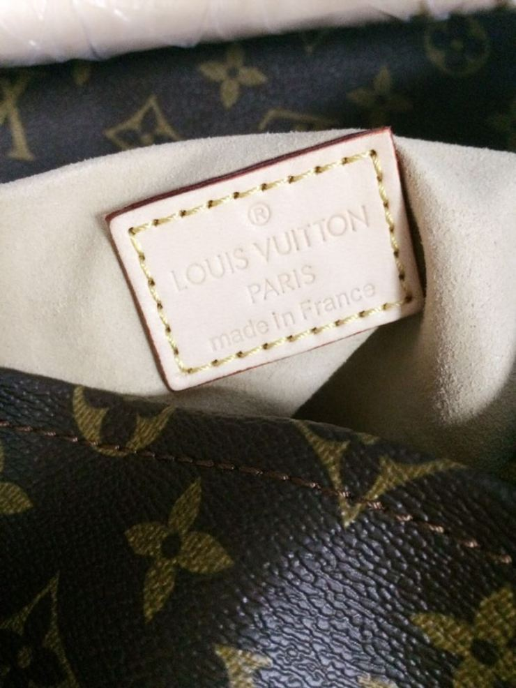 c4161c20d03e Louis Vuitton Handbag Artsy MM Monogram PurseValley Review – Purse ...